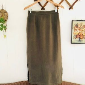 Vintage Mossy Green High Waisted Skirt